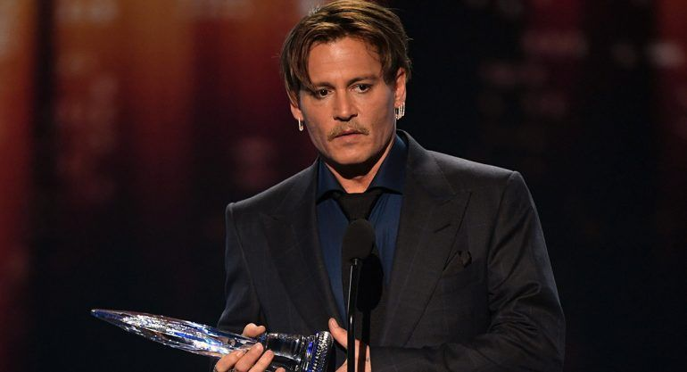 El emotivo mensaje de Johnny Deep durante los People's Choice Awards