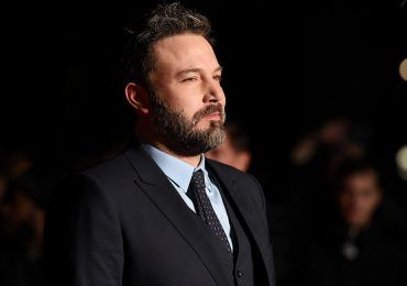 El padre de Ben Affleck culpa a Hollywood del alcoholismo del actor