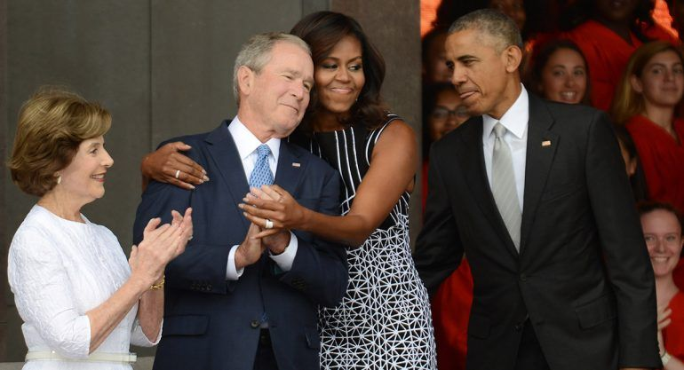La inusual petición de George W. Bush a Obama