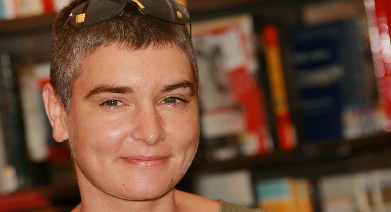 Sinead O'Connor relata abusos de su madre